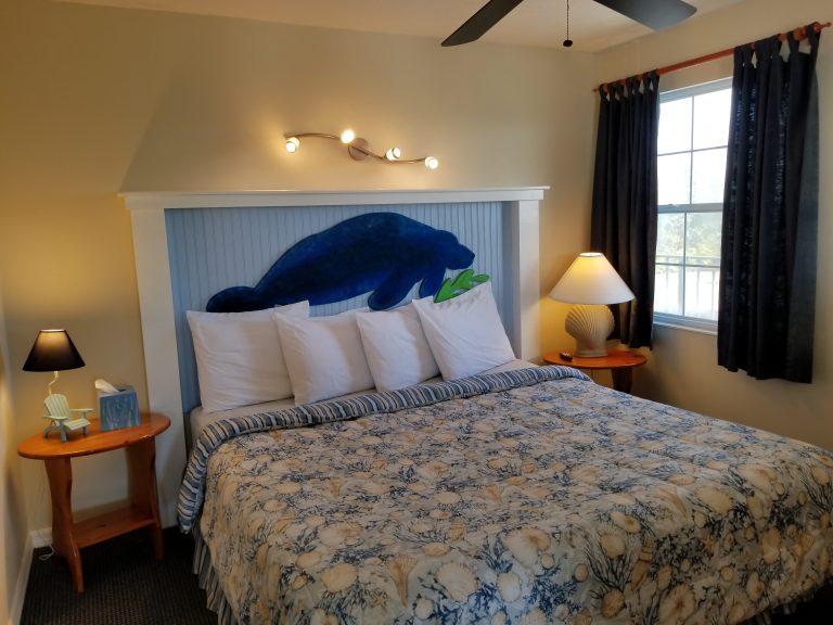 Suite 12 bed