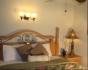 Suite 8 bed